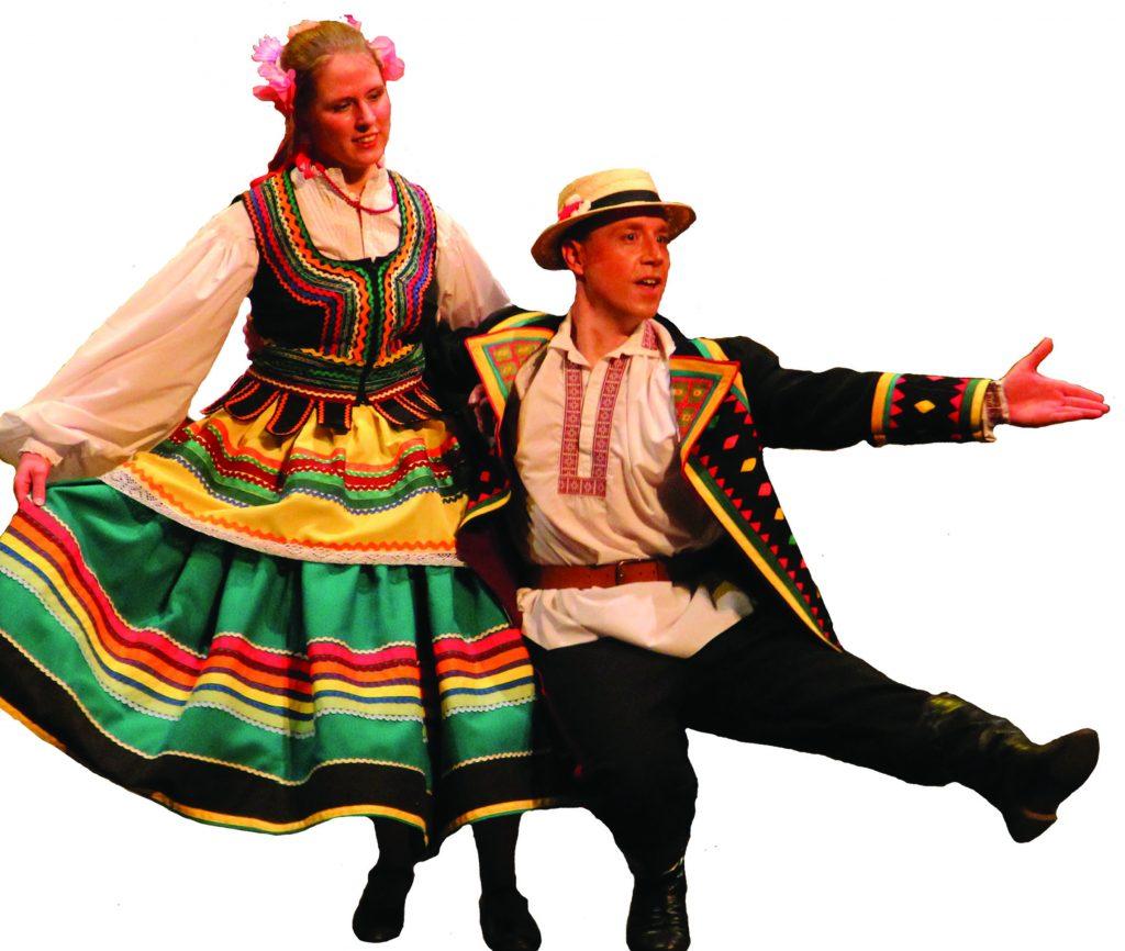 Couple danseurs polonais